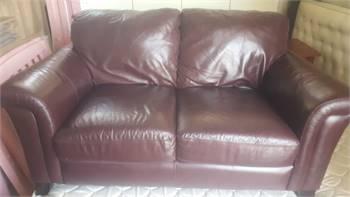 Genuine leather Sofa like new 2 Seater