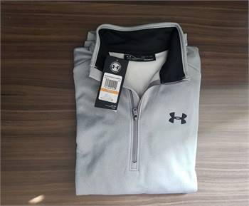 Size S ( Small ) - Under Armour Coldgear Quarter Zip Shirt.. original brand new.