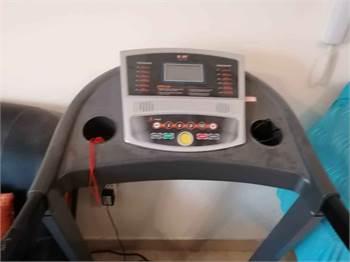Body Heavy Duty Treadmill