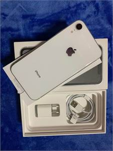 Iphone Xr 64Gb White (Silver) With Box And Charger 100 Percent Legit