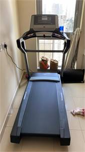 Treadmill (1 month used)
