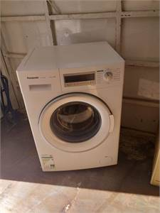 Panasonic 8kg washing machine for sale Neat and clean Perfect working condition