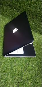 Apple Macbook Model A1342 (Ram 4GB, HHD 250GB)