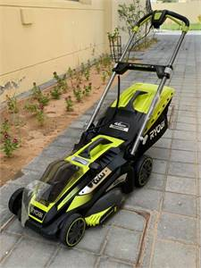 Brand New Ryobi 46cm Battery Powered Cordless Lawnmower