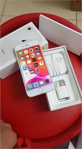 I Phone 8 64 gb silver colour