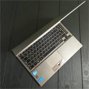Toshiba PORTEGE UltraBook Intel corei5