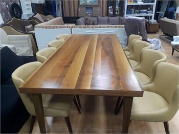 8 chairs Leather dining table