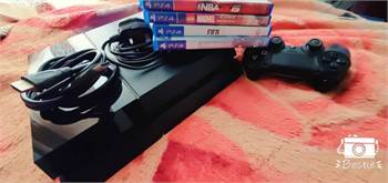 Ps4 Fat 1Tb Still Clean As New 1 Controller And 6 Games