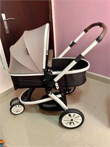 Giggles baby stroller & Car seat