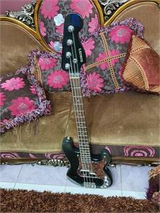 Buskars Bass (Bass Amp Offer Included)