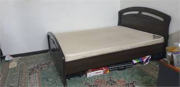 Medium size bed