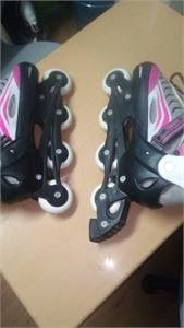 Adjustable roller 39,40,41,42