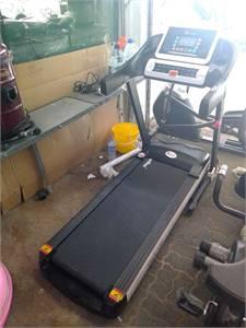 Power max treadmill