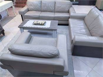 Luxury Leather Sofa For Sale