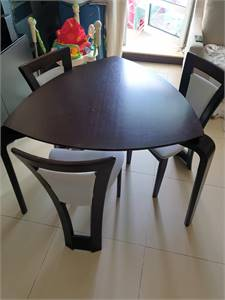 Selling Danube Dinning with chairs