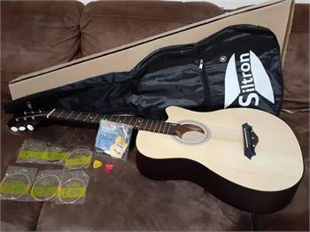 Brand new Siltron Acoustic Guitar for Beginner - For Sale