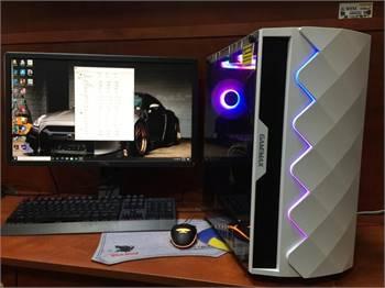 Asrock Z87 Extreme4 Gaming Pc I7-4770 Cpu @ 3.40ghz(Full Set)