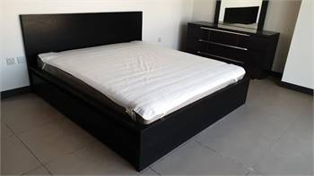 Bed With Storage Plus Mattress , King Size