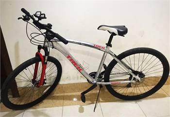 Customised Trek Bike