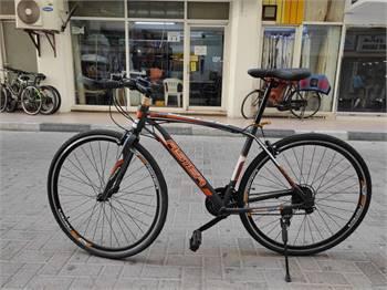Road bike new with free helmet