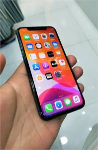 iPhone X 64Gb With Charger