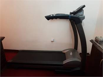 TR800 TreadMill Few Month Old..