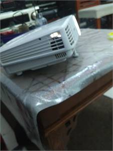 BenQ projector with hdmi for sale