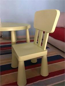 Dinning Chairs And Baby Table