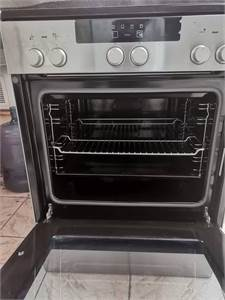 Siemens Ceramic Cooker In Excellent Condition