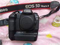 5d mark ii with lens50mm and grip