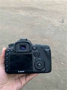 Canon 7d Mark Ii With Lens 50mm F1.8