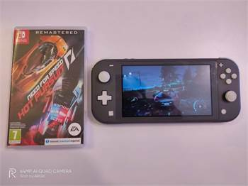 Nintendo Switch Lite + 1 Game + 16 Gb 700 Aed Only