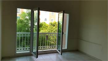 One bedroom with balcony and chiller free