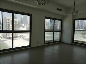 Family Sharing Room Available Satwa Behind Sheikh Zayed Road Emirates Towers
