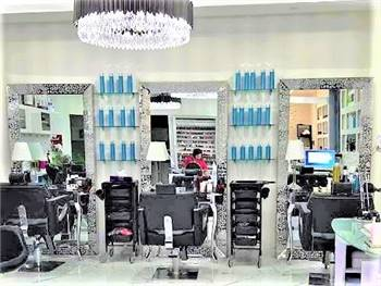Ladies Salon in Business Bay in Hotel Apartments