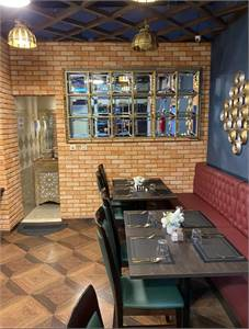 Wow Location Running Restaurant Available